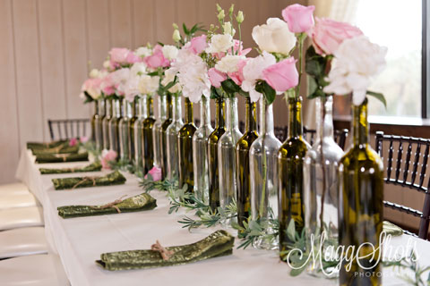 picture of a decorated wedding table